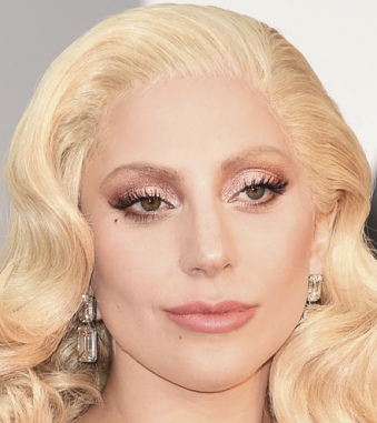 lady-gaga-oscars-2016-makeup-w724