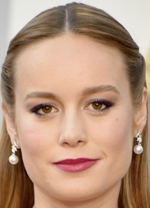 oscars-2016-hair-makeup-trends-brie-larson-w540
