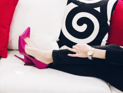 Charles David Fuchsia Pumps