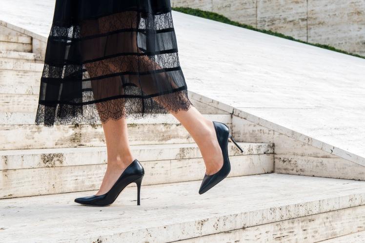 vestido-negro-piernas-9068