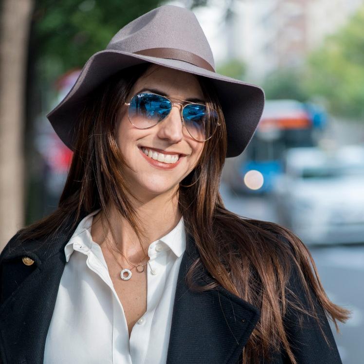 cara-sombrero-azul-9584